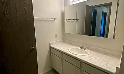 Bathroom, 4149 Van Buren Ave, 2