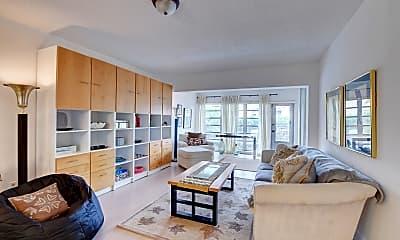 Living Room, 13562 Via Flora B, 1