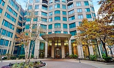 Building, 400 N LaSalle Dr 4309, 2
