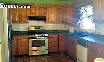 Kitchen, 1023 Washington Ave, 1