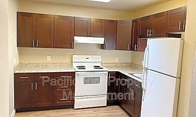 Kitchen, 1420 112th St S, 0