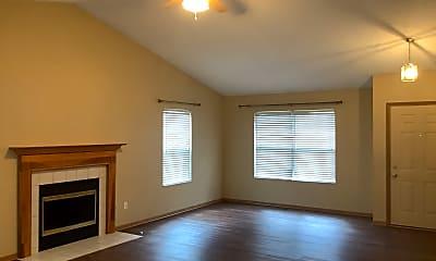Living Room, 906 Lakeway Court E, 1