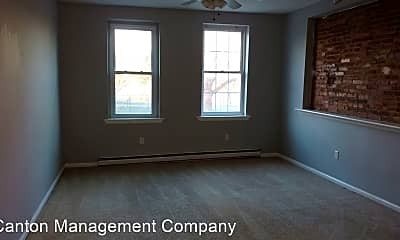 Bedroom, 111 S Linwood Ave, 1