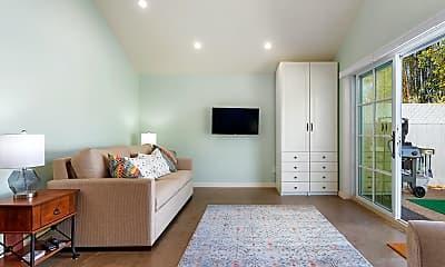 Living Room, 1312 Danielson Rd B, 0