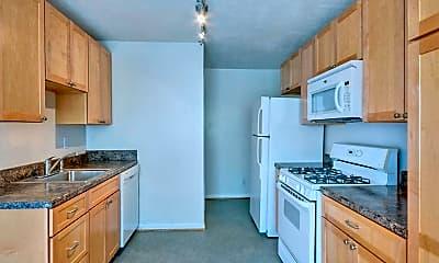 Kitchen, 2428 Arlington Blvd, 1