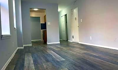 Living Room, 946 Bronx Park S, 0