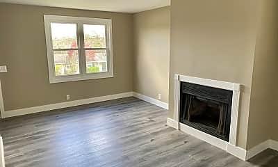 Living Room, 3316 Niagara Dr, 1