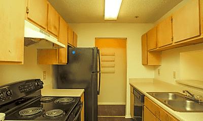 Kitchen, Covington Glen, 1