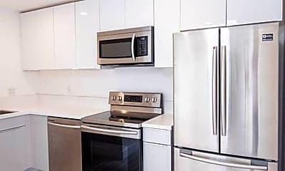Kitchen, 850 N Van Ness Ave, 1