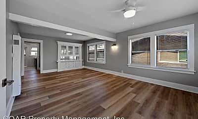 Living Room, 1026 E Broadway, 0