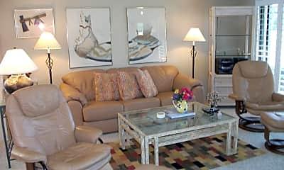 Living Room, 107 Racquet Club Dr S, 0