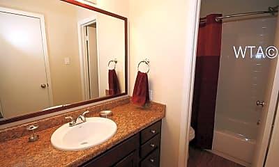 Bathroom, 1606 Ih 35 S, 2