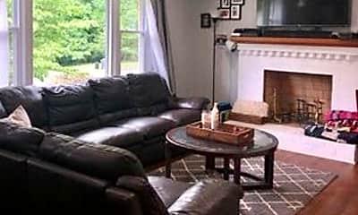 Living Room, 1128 Heath Ave, 1