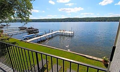 5732 E Lake Rd, 1