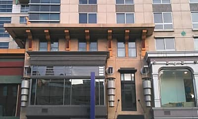 Building, 777 7th St NW 504, 1