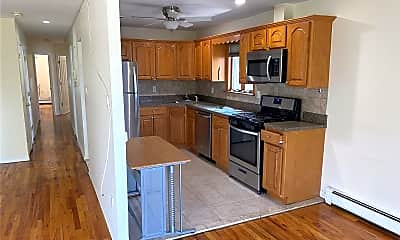 Kitchen, 69-63 Alderton St, 1