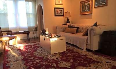 Bedroom, 2110 Elmen St, 2
