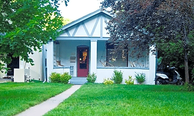 Building, 268 S Marion Pkwy, 1