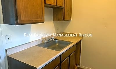 Kitchen, 219 W Fort Lowell Rd - 205, 1