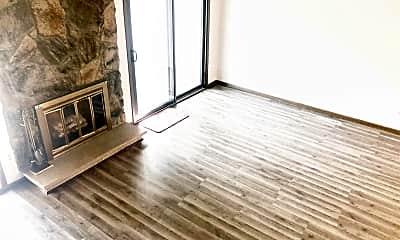 Living Room, 1260 Landmark Trail S, 1