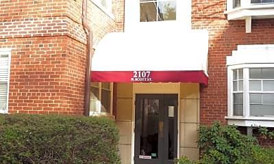 Building, 2107 N Scott St, 1