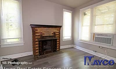 Living Room, 733 Kirby Pl, 1