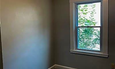 Bedroom, 79 N Pond St, 2