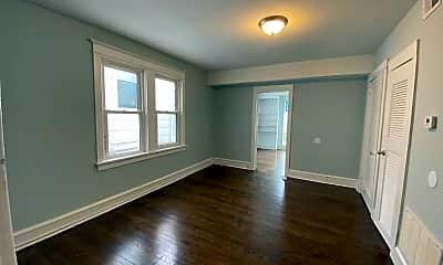 Living Room, 19 S Vassar Square, 2