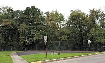 Willow Woods, 2