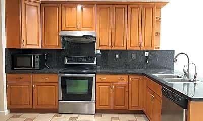 Kitchen, 4802 Mallard Common, 1