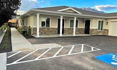 Building, 420 W 600 N St, 2