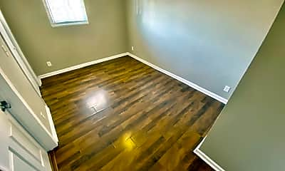Bedroom, 1547 S Green River Rd, 2