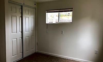 Bedroom, 418 E Granger Ave, 2