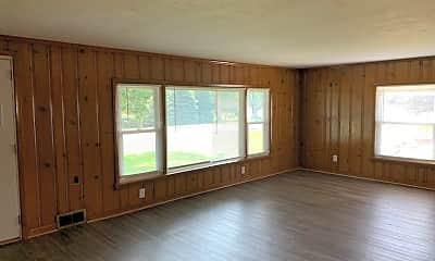 Living Room, 132 N Gamble St, 1
