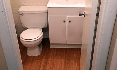 Bathroom, 1901 E 5th Ave, 2