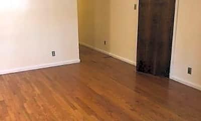 Living Room, 148 E 51st St, 0