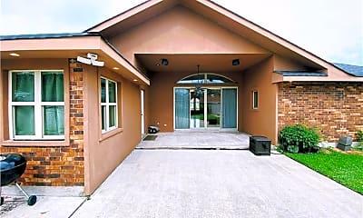 Building, 3904 N Turnbull Dr, 2