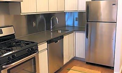 Kitchen, 139 Emerson Pl 005, 1