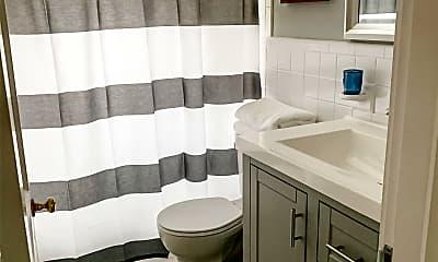Bathroom, 105 N Miles St, 2
