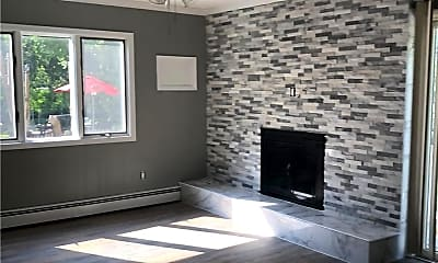 Living Room, 1 Gemini Ln, 2