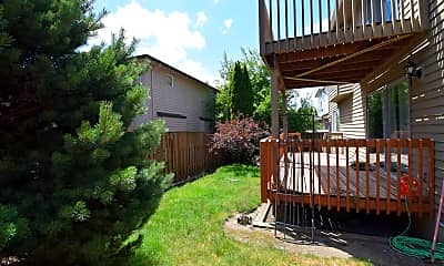 Patio / Deck, 14350 NW Evergreen St, 2