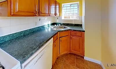 Kitchen, 2948 Wickham Ave, 1