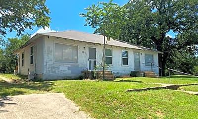 Building, 905 W Bridge St, 2