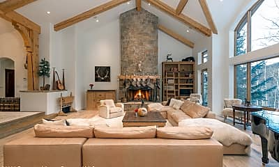 Living Room, 350 Spruce Ridge Ln, 0