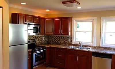Kitchen, 909 Matheson Ave, 1