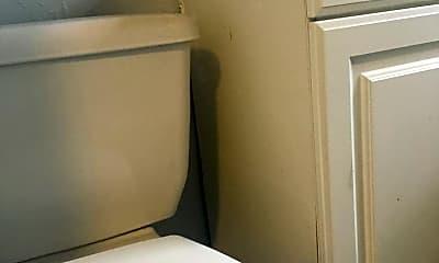 Bathroom, 374 Hartford Rd, 2