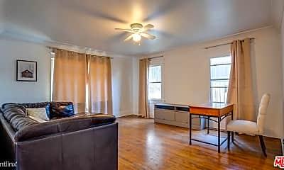 Living Room, 1130 S Hoover St, 2