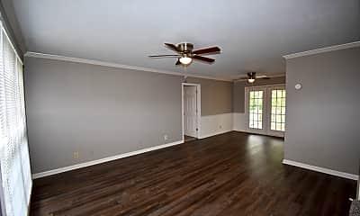 Living Room, 470 Bamburg Dr, 1