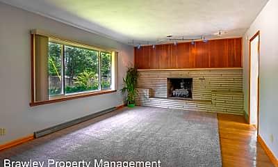 Living Room, 1900 E Hillside Dr, 1