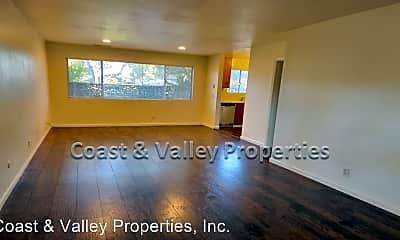 Living Room, 818 Sunset Dr, 1